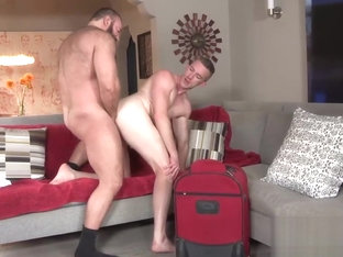 Fat buddie letting his friend to suck his small cock