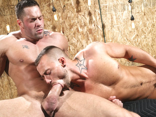 Members Exclusive  XXX Video: Erik Rhodes, Jessie Colter