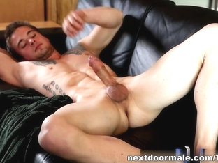 NextdoorMale Video: Steven Russel