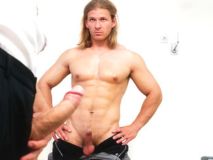 Cock in Body-Builder Ass - BigDaddy