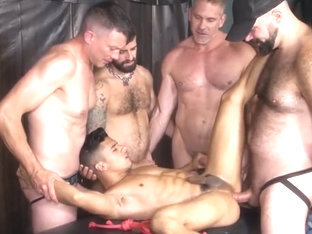 Group Piss play