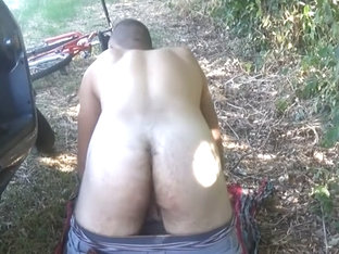 play in the park: dude hairy ass (HD)