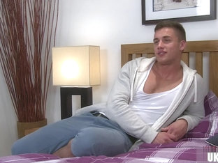 Hot gay rimjob with cumshot