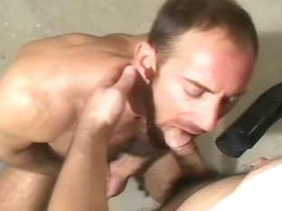 Hairy Muscleman Eric Evans mechanic sex