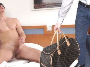 Andy in The Porter, Scene #01 - MaskUrbate