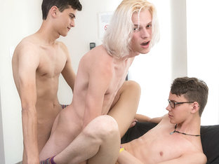Sexy Boy Justin Gets His Threeway Wish - Aaron Martin, Justin Cross  Kayden Alexander - BoyCrush