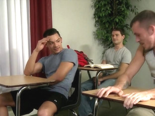 Gay hot threesome in class