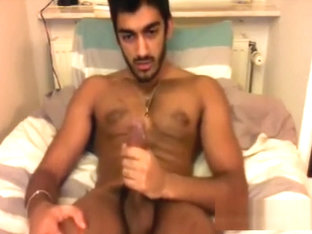 Sexy uncut indian wanks on cam