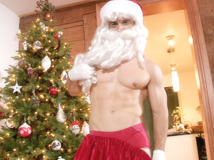 Ricky in Santa Came On Christmas Eve, Scene #01 - MaskUrbate