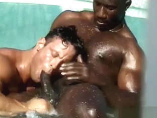 Muscle Hunks Bobby Blake Fabian Bedford - Interracial Fucking by the Pool
