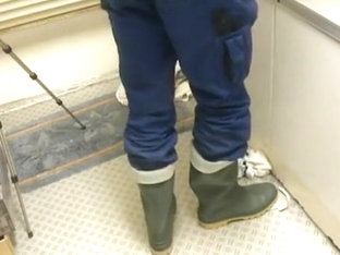 nlboots - green boots blue working trousers