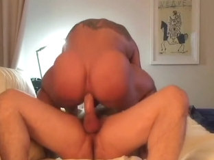 HUGE BODYBUILDER GETS FUCKED HARD BAREBACK PART 1