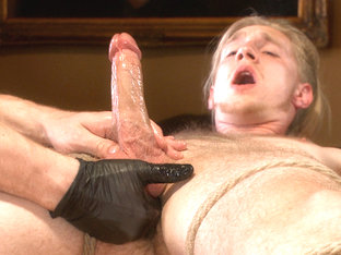 Straight surfer boy blows a huge load for his first prostate milking!