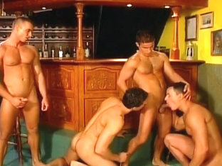 4 Guys Taking Turns Fucking Each Other In The Ass