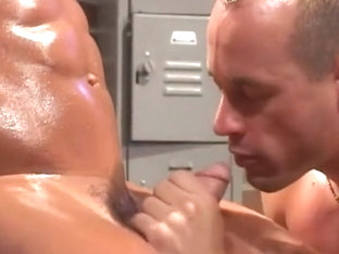 Bodybuilder blown by boy (alternate sound track)