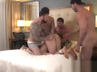Billy Santoro, Jordan Levine, Beau Warner, Ashton McKay & James Edwards
