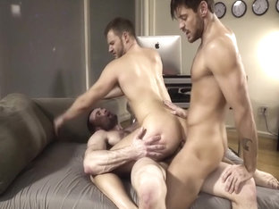 Hot stud fuck and get fucked