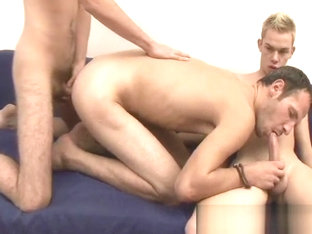 Threesome Hardcore Anal Fucking With Creampies