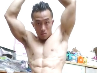 Asian Bodybuilder Flex boner 01
