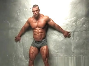 Huge Bodybuilder shows off