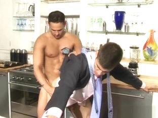 Seducing the Gorgeous: Taxed - Marco Wil*S Max Schulter (Men At Play)