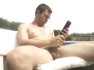 Married Gay Man Jacks Off On Chaturbate