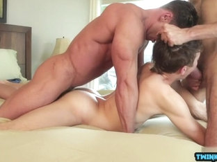 Russian twinks threesome with cumshot