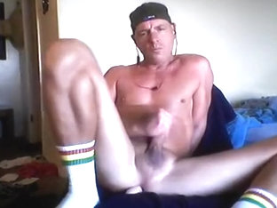 verbal dilf fucking himself on cam
