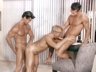 J.T. Sloan & Ryan Idol & Tanner Reeves & Tyler J. Regan & Wolff in Idol Country Scene 2 - Bromo
