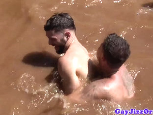 Outdoor hunks assfucking on boat before cumming