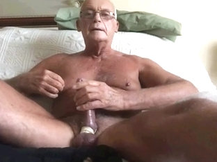 big cocked wanker on poppers